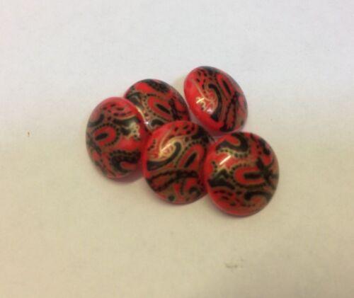 Los botones de vástago rojo Paisley 12mm