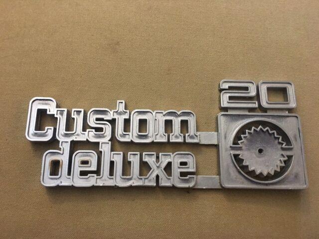Genuine Gm 73 80 Custom Deluxe 10 Front Fender Emblem 14016633 Ebay