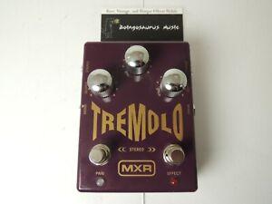 Rare MXR M159 Stereo Tremolo Effects Pedal Dunlop Pan Free USA S&H