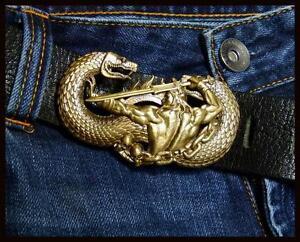 Arnold-Schwarzenegger-as-CONAN-Bronze-Belt-Buckle-Handmade-Fan-Art