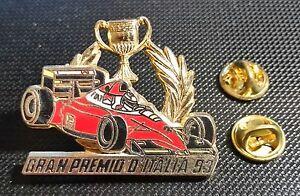 Formula-1-DEPORTES-DE-MOTOR-pin-GRAND-PRIX-1993-ITALIA-CON-COPA-40x34mm