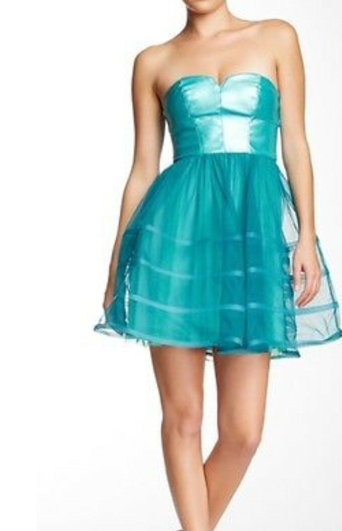 BETSEY JOHNSON NEW AUTH Women's Fit & Flare Leather Green Strapless Dress Sz 10