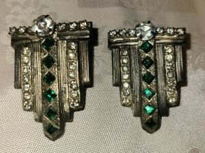 VINTAGE-ART-DECO-SILVER-TONE-GREEN-AND-CLEAR-RHINESTONES-CLIP-ON-EARRINGS