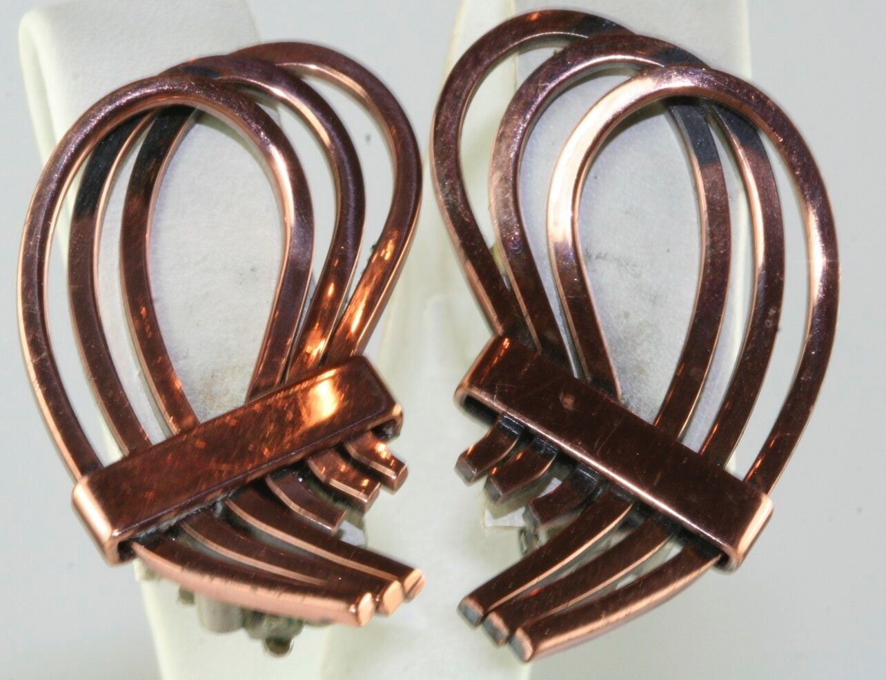 VTG RENOIR COPPER SWIRLY CLIP EARRINGS - image 1
