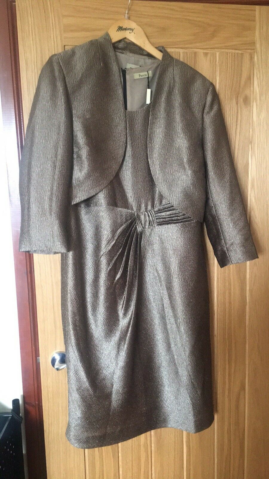 mother of the bride outfit size 16 Worn Once Stunning