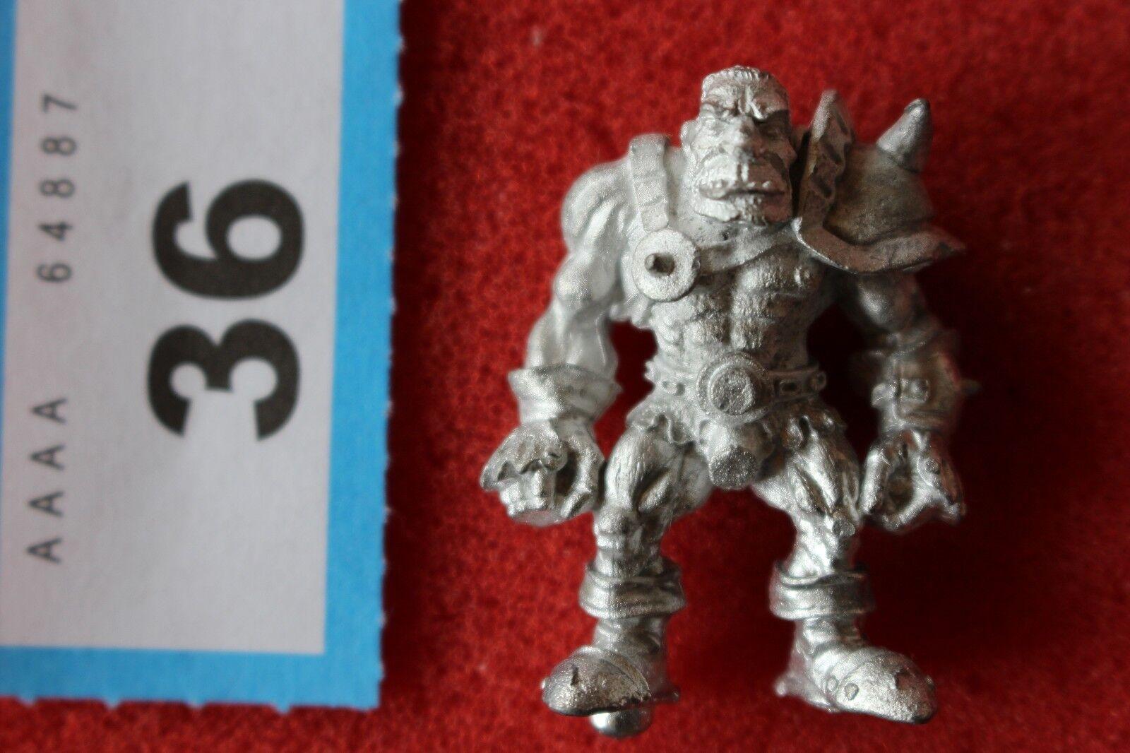 Citadel Warhammer Blood Bowl Ogres Grak`ng`Grag Gorthag Big Guy Games Workshop