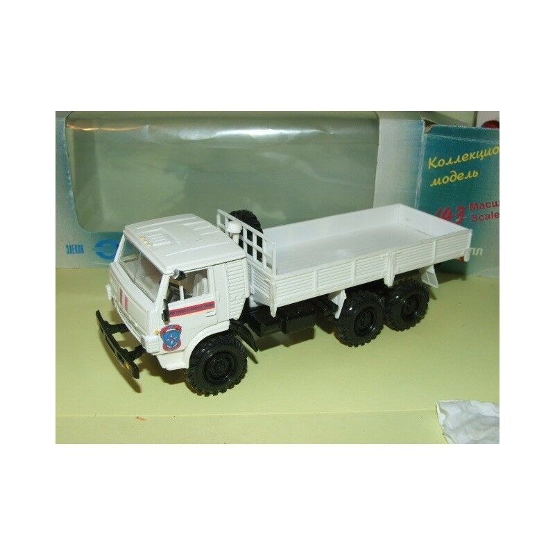 CAMION KAMAZ 4310 Camion Benne FABRICATION RUSSE Made In URSS 1 43
