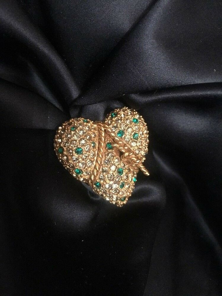 FAB  Vintage Signed  Jeanne  Heart w Rope, Green & Clear Rhinestones Brooch Pin