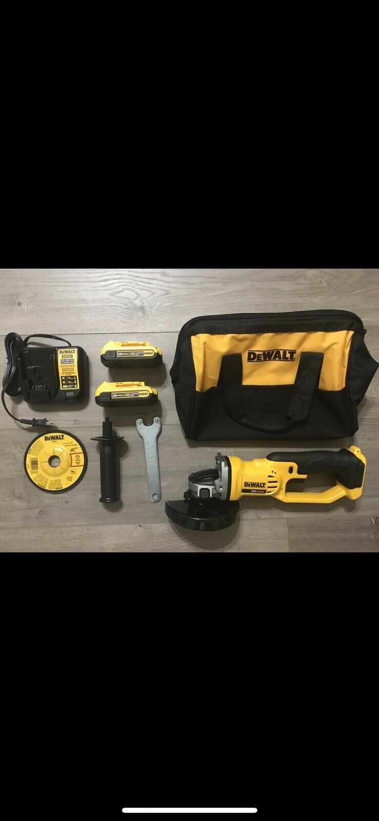 New Dewalt 20v Grinder DCG412 Kit (2)2.0Ah Batteries Charger Tool Bag