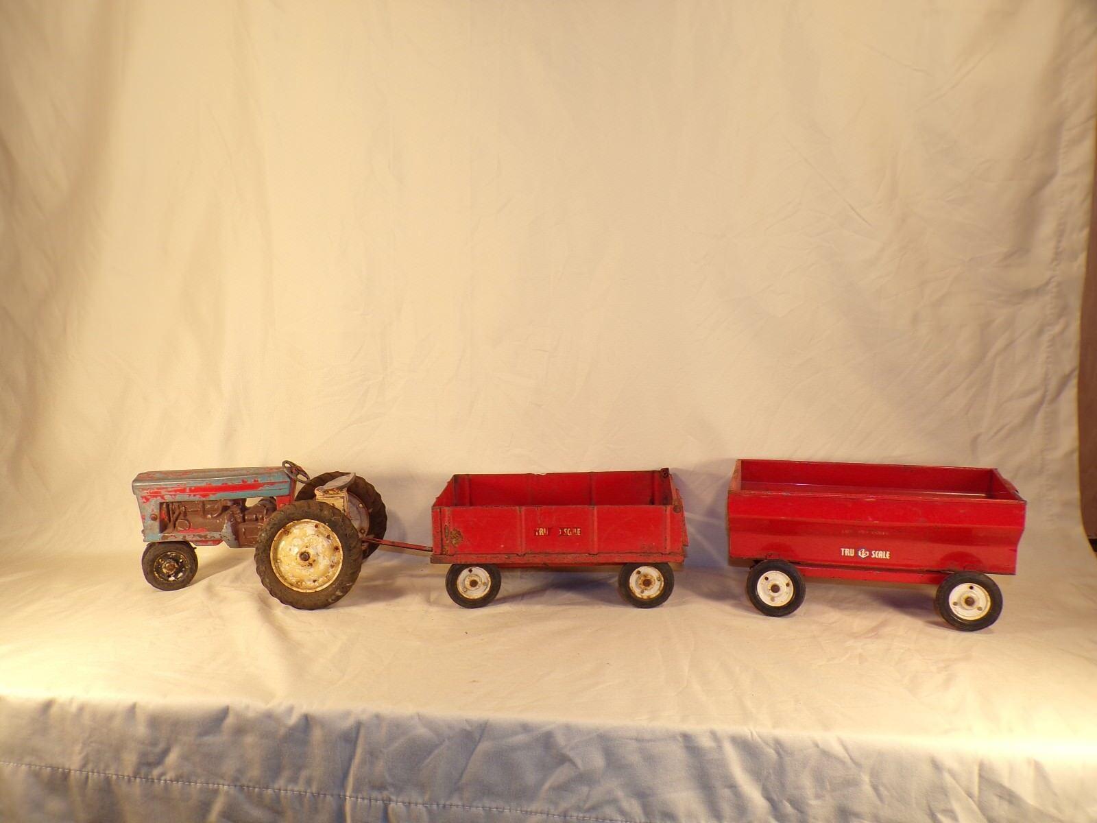 artículos novedosos Vintage Vintage Vintage Tru-Scale grano vagón y Tractor Granja Lote De Piezas De Juguete  precio al por mayor