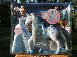 Disney Princess Gem Princess Cinderella Royal Horse Giftset NEW!