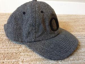 Burgundy Cap Rn 56323 Hat