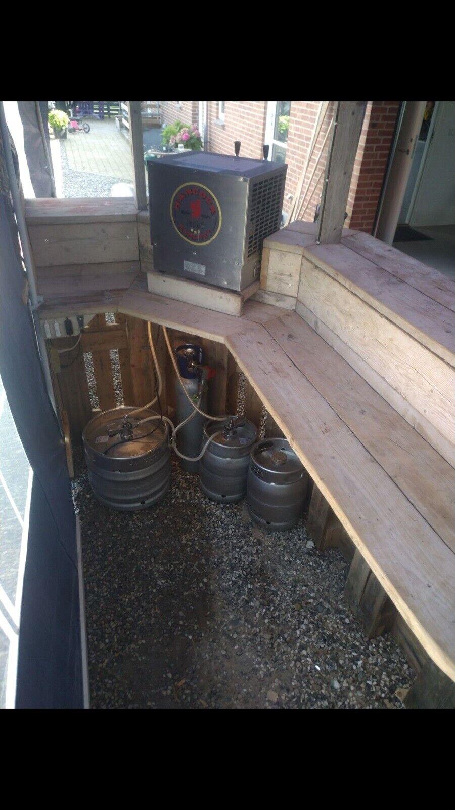 Picture of: Bar Hjemmebar Ndash Dba Dk Ndash Kob Og Salg Af Nyt Og Brugt