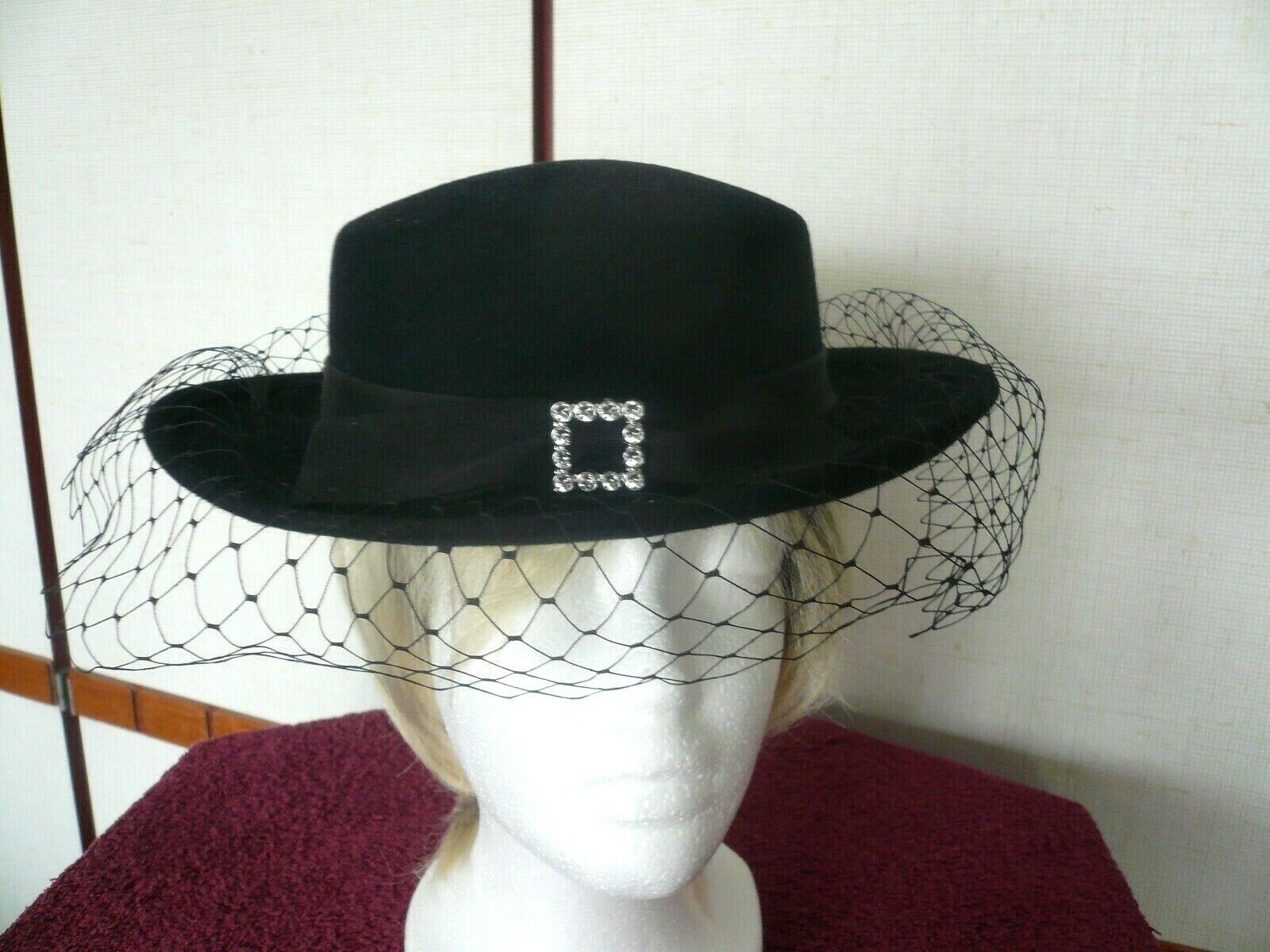 Ladies BHS Millinery 100% Wool Hat : Hand Trimmed. Only used for photo-shoot!