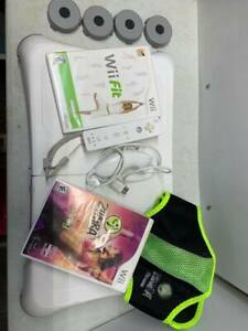 GENUINE NINTENDO WII FIT BALANCE BOARD AND GAMES TESTED WORKING ZUMBA & WII FIT