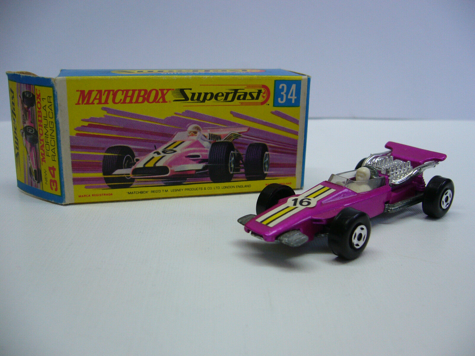 MATCHBOX SUPERFAST MB 34 formula 1 RACING CAR-Viola-Made in Inghilterra