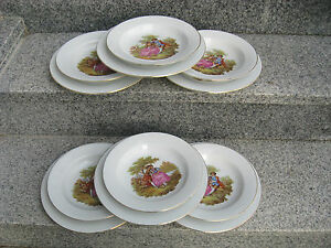 6-SETS-2-ASSIETTES-Porcelaine-FRAGONARDS-filet-or