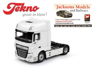 Tekno 64557 DAF XF Super Space Cab 4x2 Tractor Unit Plain White 1 50 Scale