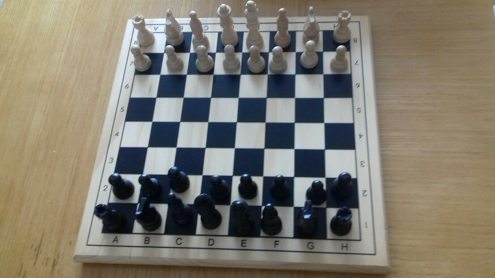 Solid Solid Solid wooden chess & draughts board with pieces 8a99dd
