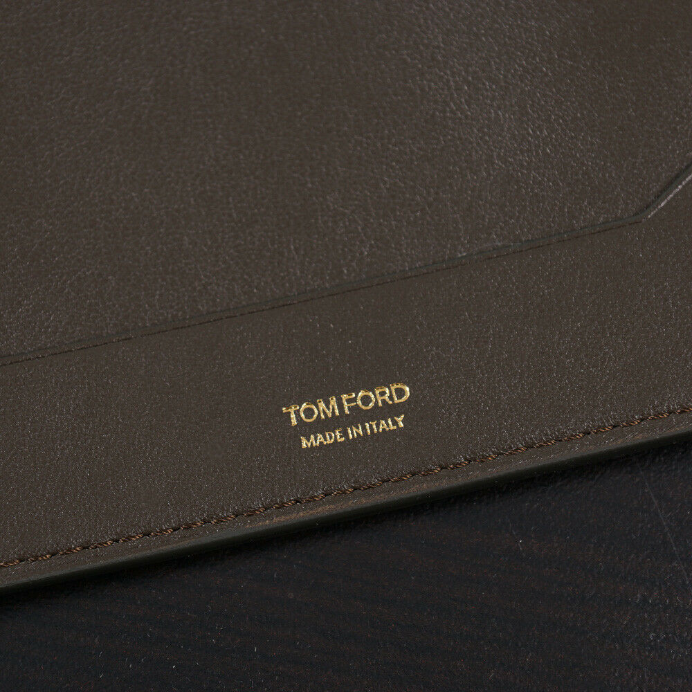 Tom Ford Olive Green Smooth Leather Passport Cover Case NWT