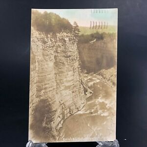 VTG-RPPC-Washburn-Postcard-c-1917-Castile-NY-Cole-039-s-Cliff-Rochester-N-Y
