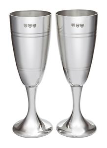 Par De Satén Estaño Champagne Flutes parte en caja de presentación