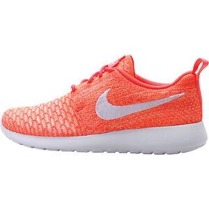 huge discount 5fda0 e3cf6 Image is loading WMNS-Nike-Rosherun-Flyknit-Hot-Lava-White-Sunset-