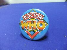 vtg tin badge dr who logo cult television series club fan 1970s time lord bbc tv