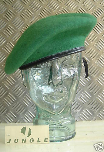 Berret Size 7 1//2 NEW Green Wool Military Style Beret