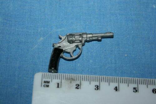 ORIGINAL VINTAGE ACTION MAN LUGER COLT AND REVOLVER TO CHOSE FROM CB6102