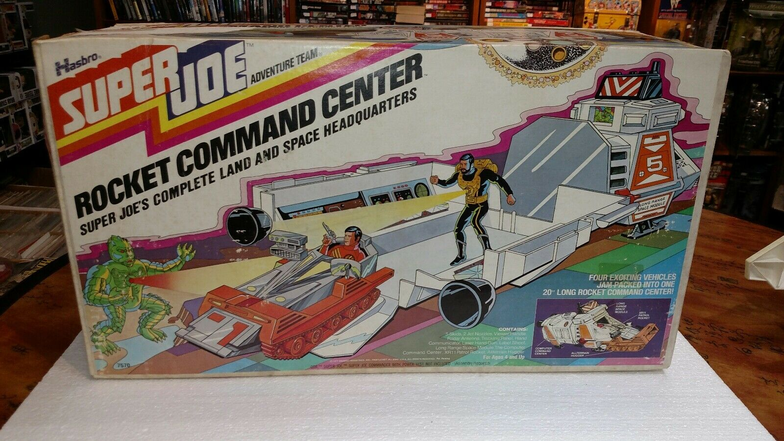 1977 HASBRO SUPER JOE ADVENTURE TEAM LAND AND SPACE HEADQUARTERS IN BOX