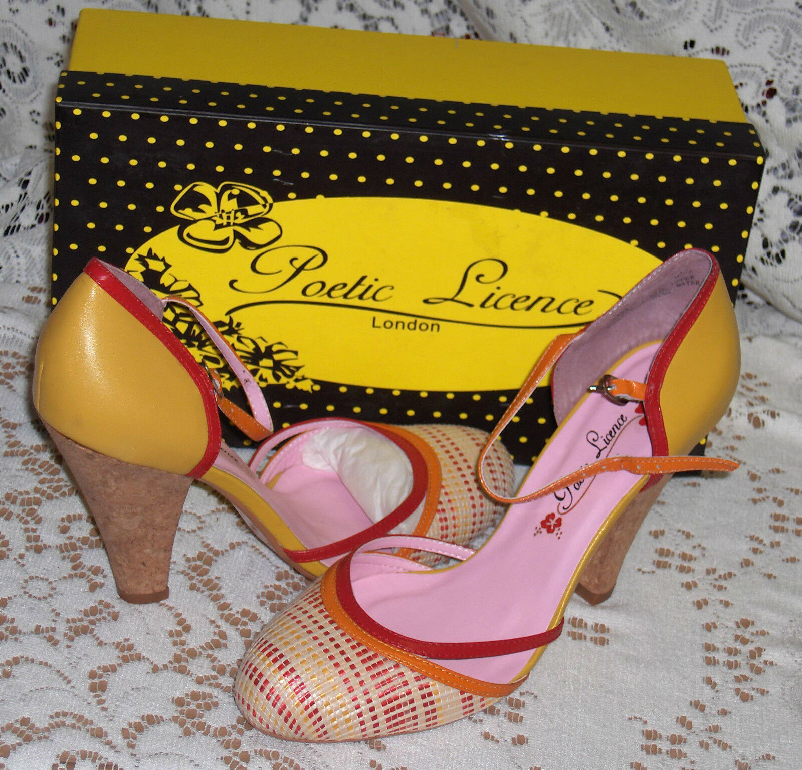 IRREGULAR CHOICE POETIC LICENCE LONDON HOPEFUL YELLOW RED SHOES 8.5 STRAPPY