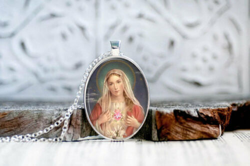 Virgin Mary Pendant,Catholic Pendant,Saint Mary,Virgin Mary Jewelry,Religious