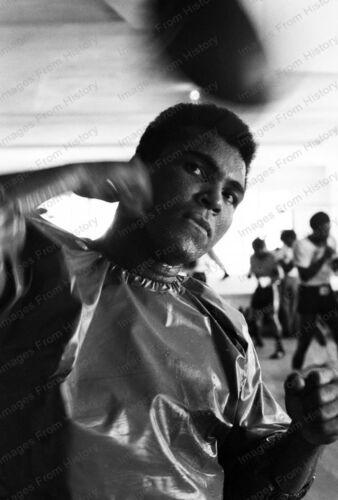 8x10 Print Historic Boxing Muhammad Ali Training 1975 South Florida #MA2