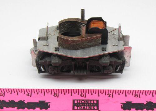 Lionel ~621-101 motor truck /& field