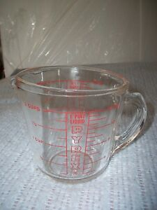 vintage pyrex 2 cup measuring mixing 16 oz 1 pint ozs only clear glass model 516 ebay. Black Bedroom Furniture Sets. Home Design Ideas