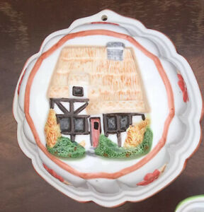 Vintage-Ceramic-Jelly-Mould-Wall-Mountable-Cottage-Decoration-8-Inch