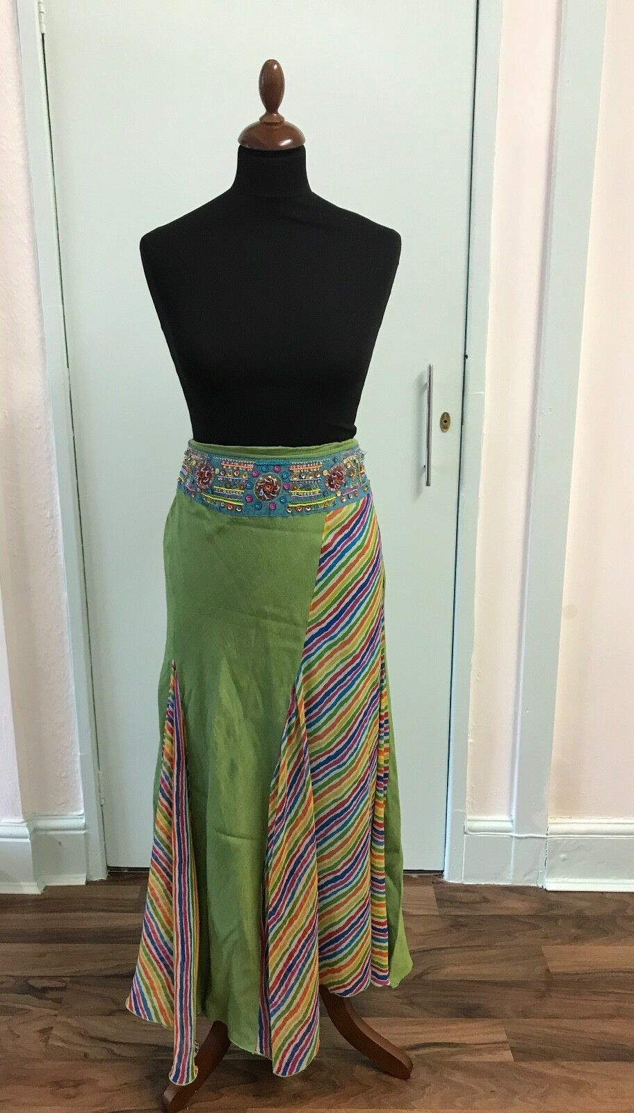 Indian vintage green handmade skirt with sequin detail size L