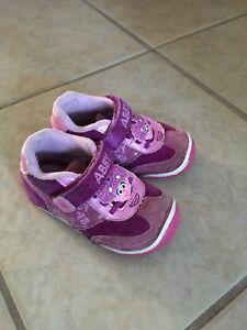 Abby cadabby Stride Rite shoe 7m   eBay