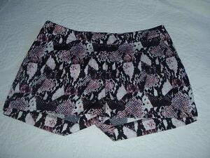 9dd5b66bc54c HM Womens Dressy Short Shorts Size 2 Waist 28 Pink Black White ...