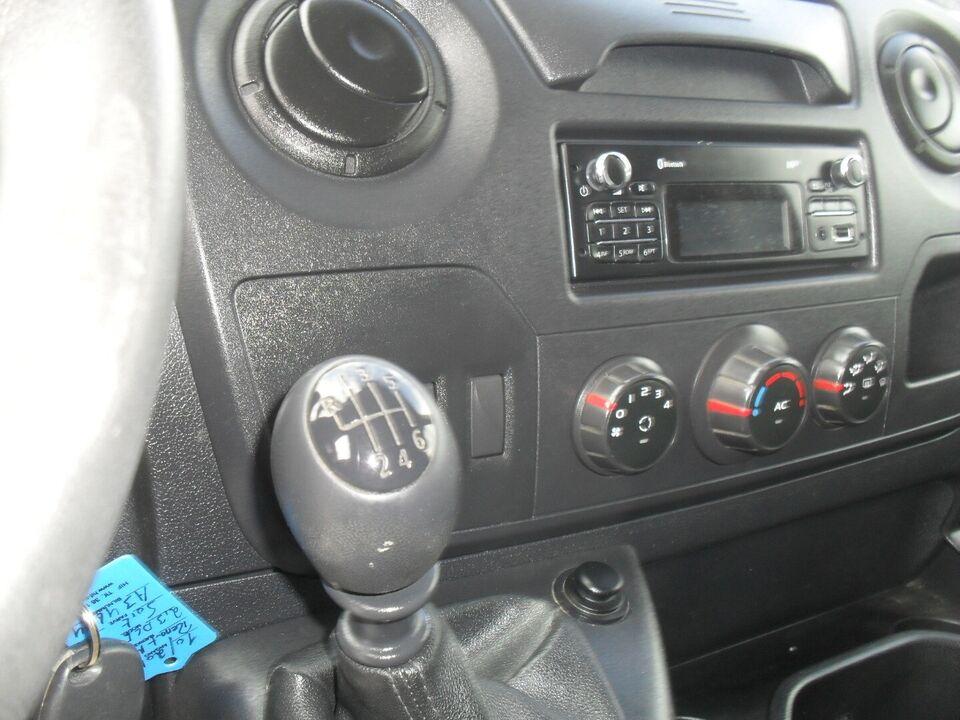 Renault Master III T33 2,3 dCi 146 L2H2 Kassevogn Diesel