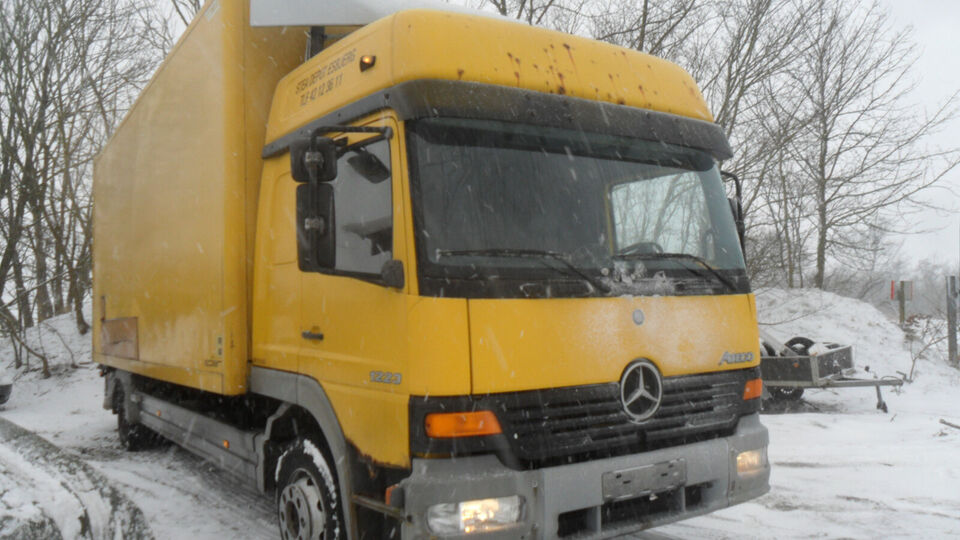 Mercedes 1223 Atego