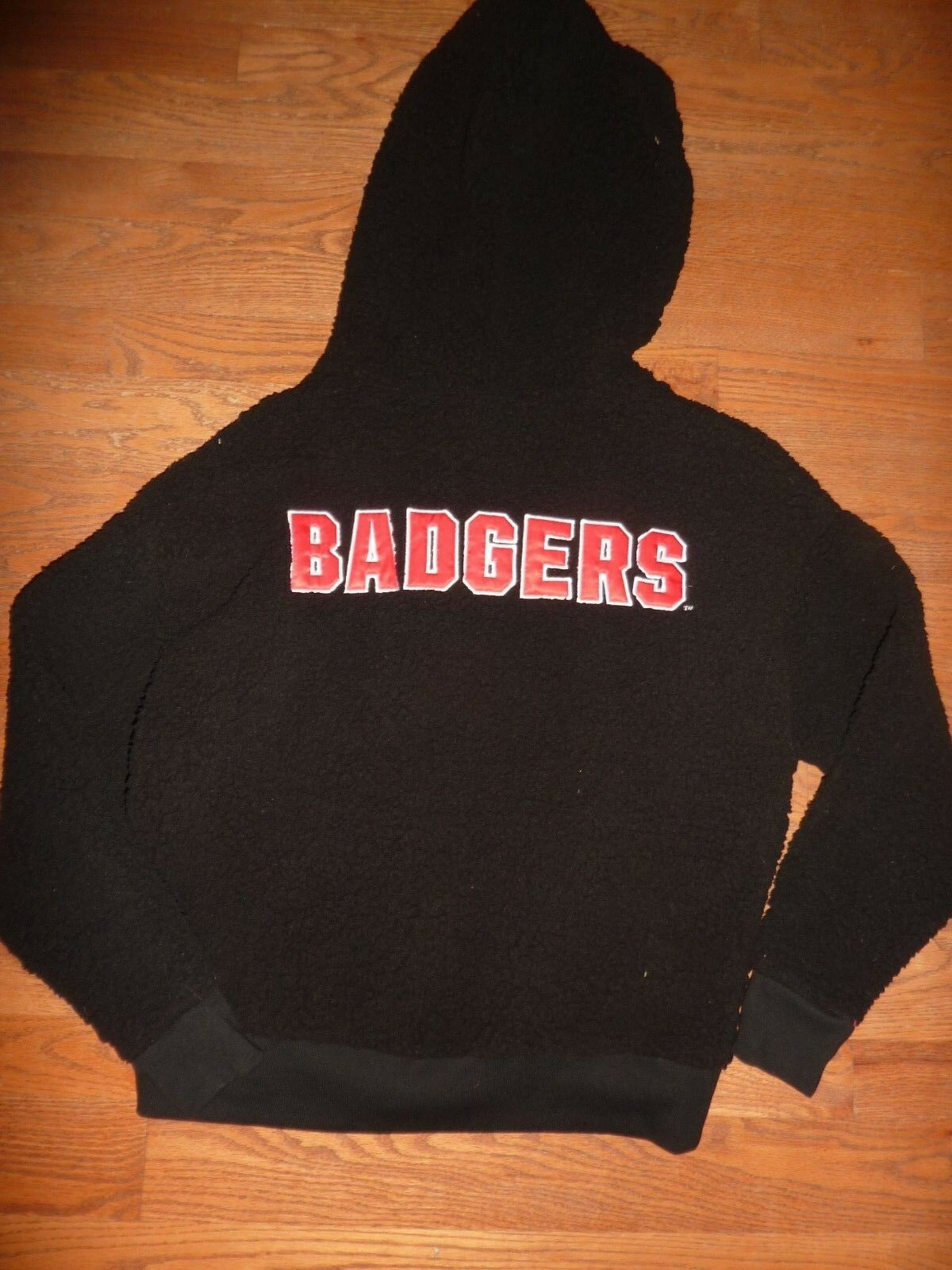 VICTORIAS SECRET Rosa  WISCONSIN   BADGERS  SHERPA DOG HOODIE NWT