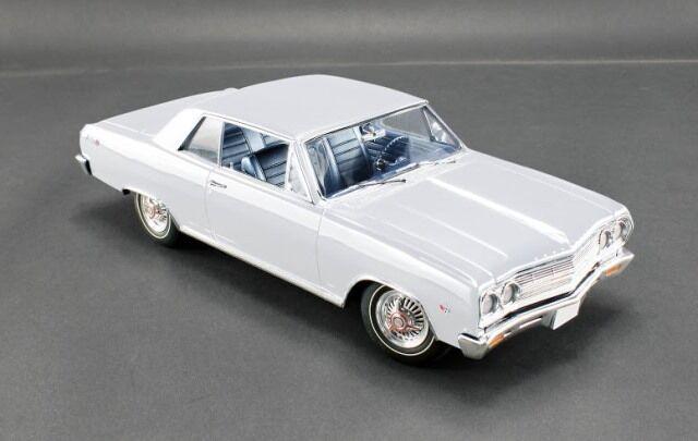 ACME 1965 Chevrolet Mailbu SS - Ermine White LE 500 pcs 1 18New Item