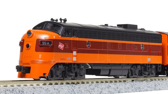 Kato N Scale 17711-3 EMD FP7A Milwaukee Road  95C