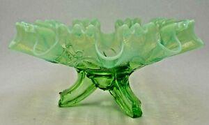 Vintage-Three-Footed-Fluted-Green-Vaseline-Opulescent-Bowl-9-034