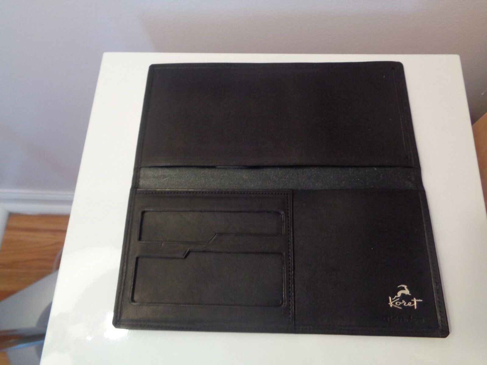 NEW IN BOX GENUINE LEATHER CHECKBOOK, MONEY, CREDIT CARD, ID HOLDER WALLET