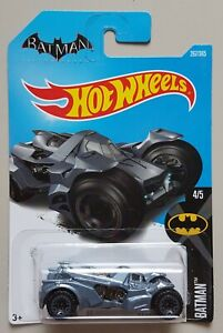 Hot-Wheels-Basic-Batman-Arkham-Knight-Batmobile