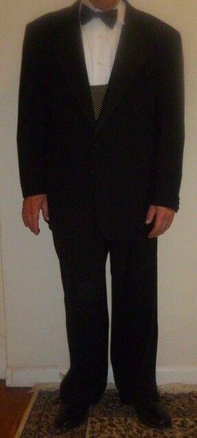 Neiman Macus Assets by Andrew Fezza 100% Virgin Wool Größe 42 Short Tuxedo