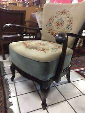 Alter  Gobelin Stuhl aus den 50 Jahren Chippendale Handarbeit Geflecht sessel
